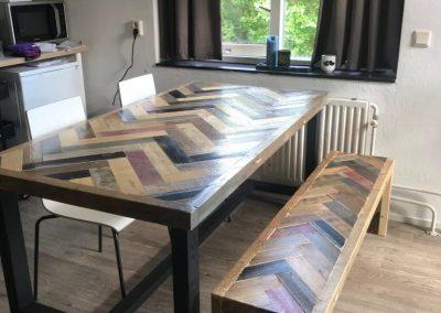 Vissengraat tafel